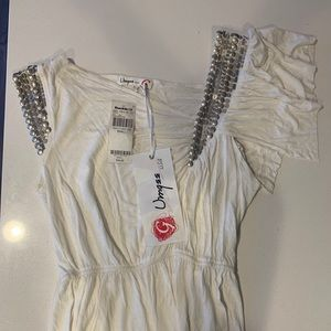 Brand new white blouse from buckle